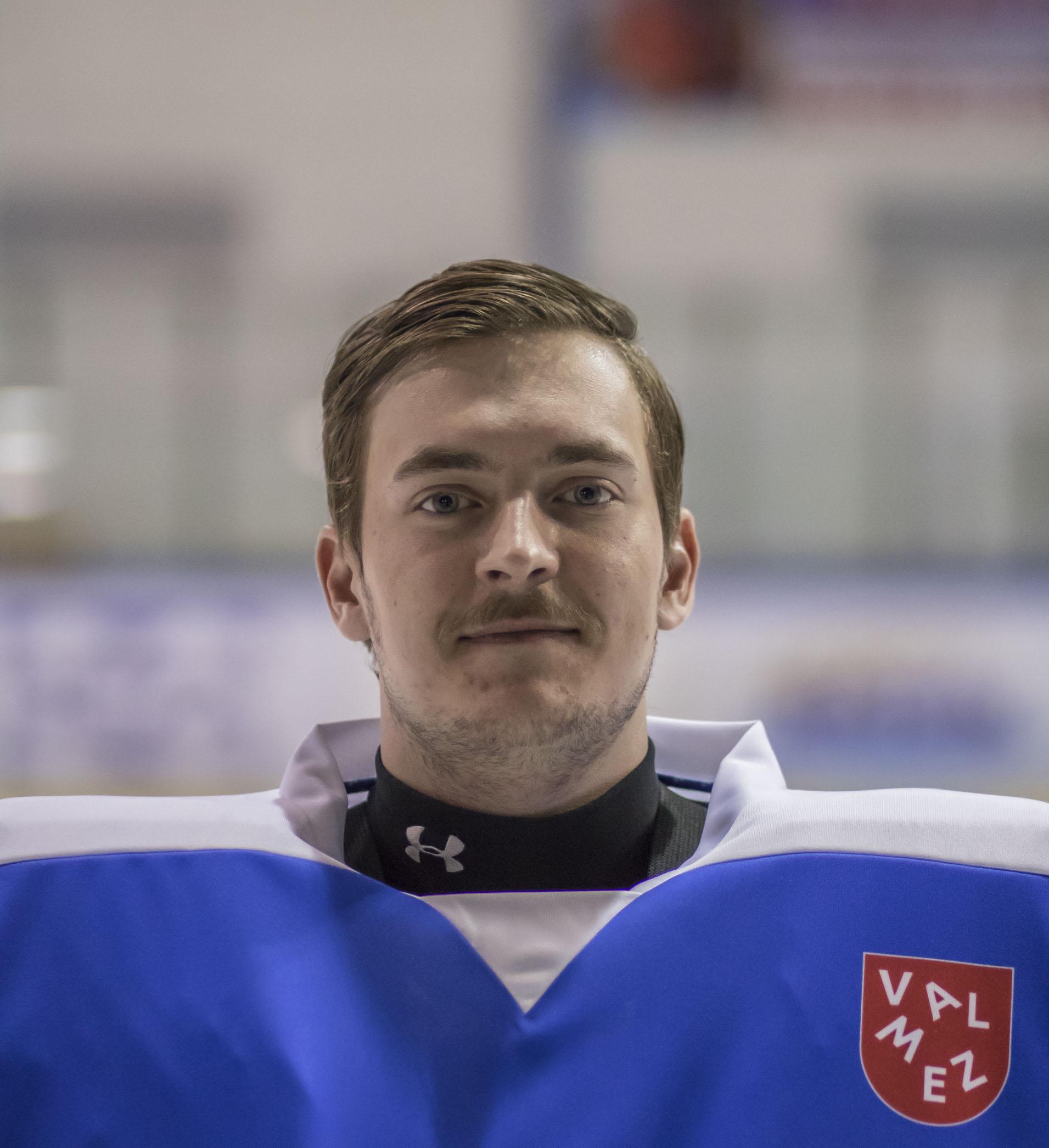 Marek Netolièka #30