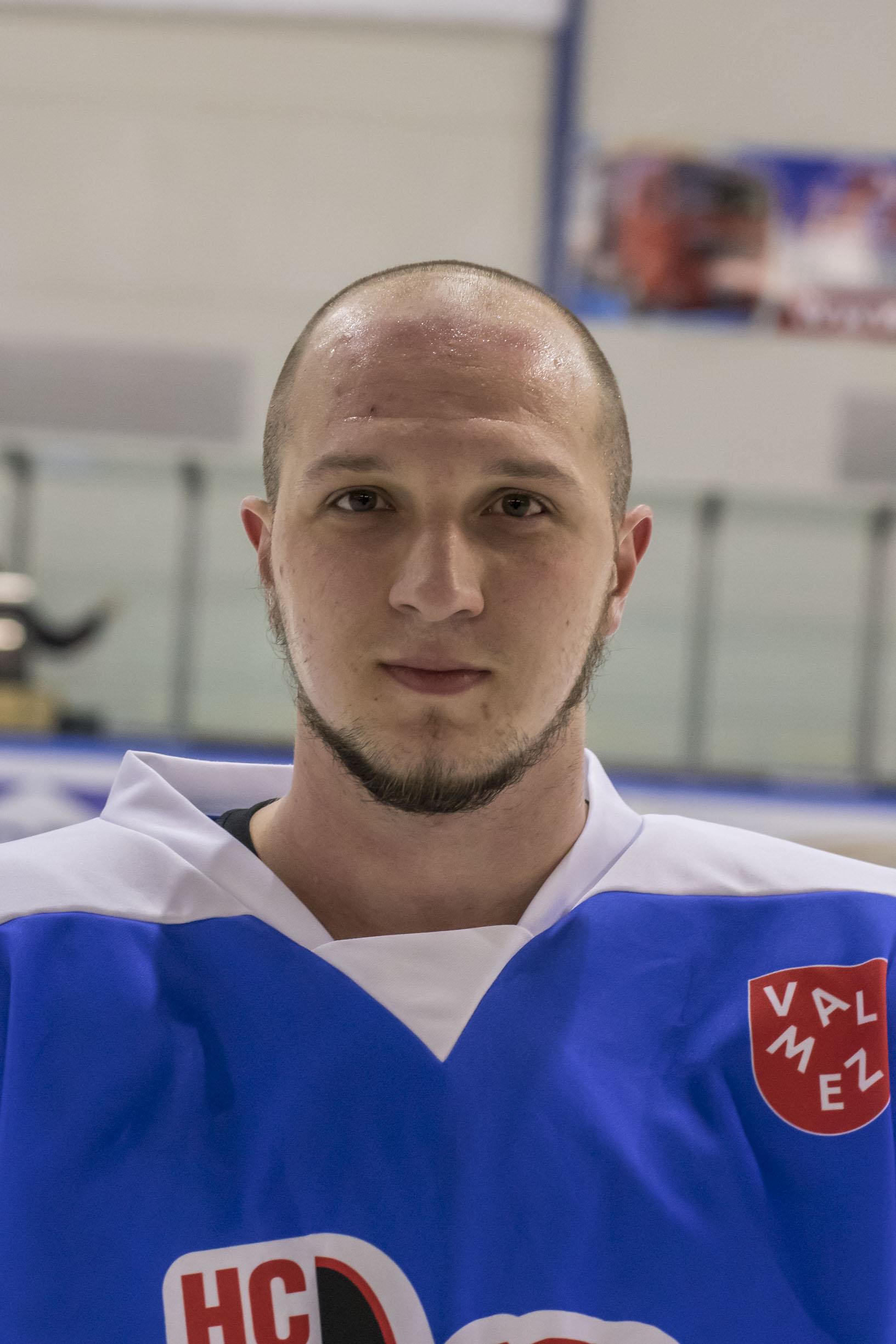 Dominik Pokorný #10